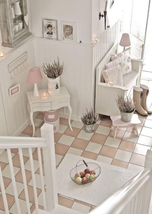 halls d 39 entr e shabby chic and shabby on pinterest. Black Bedroom Furniture Sets. Home Design Ideas