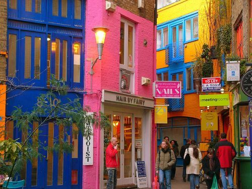 Neal S Yard Near Covent Garden London By Franklyn W Markets And Shops Pinterest Gardens
