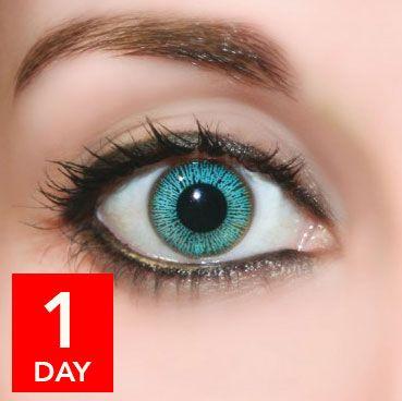 Wunderschöne Augenfarbe! Farbige Tageslinsen zum ausprobieren findet ihr bei www.wimpernwuensche.de