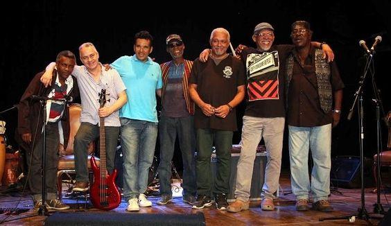 """Grupo Vissungo apresenta o show """"Kilomboloko"""" - A palavra """"Kilomboloko"""" que dá nome ao projeto se refere ao título de uma música do grupo que faz uma crítica à transformação das favelas cariocas. """"Quilombo significa um ajuntamento de pessoas."""