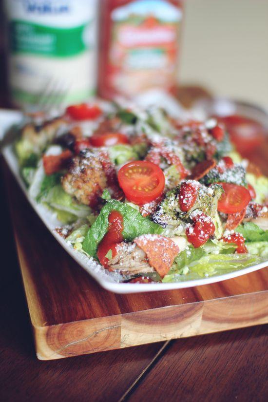 Pizza Chicken Salad. Very, very tasty looking! #food #pizza #chicken #salad