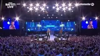 beggin madcon live performance - YouTube