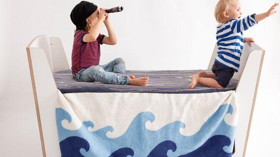 Maak van bed of tafel een piratenschip. Home   Jäll & Tofta
