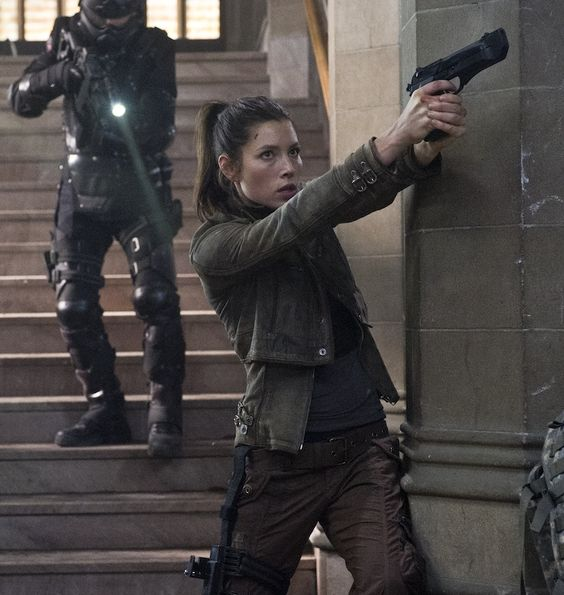 Google Image Result for http://cdn-images.hollywood.com/site/jessica-biel-total-recall-action-interview.jpg
