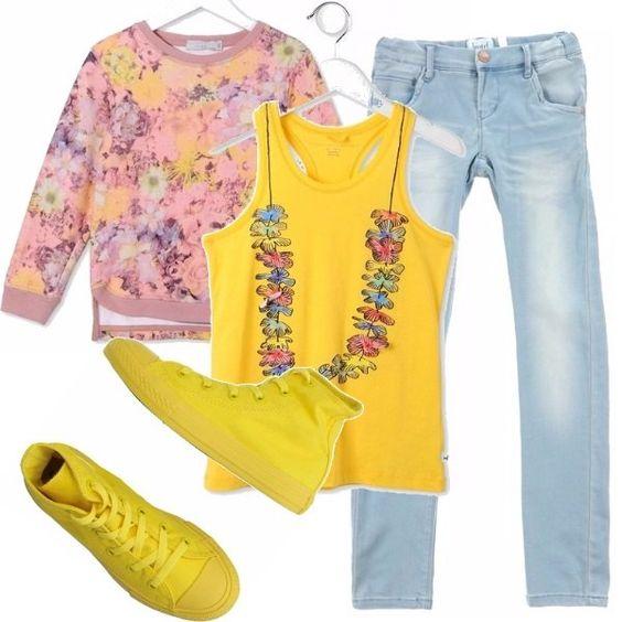 Il giallo colore principale di quest'estate. Per bambine dai 9 anni in su, scelgo un paio di jeans straighth-leg, canotta giallo mais con finta collana e fiori hawaiani, felpa in fantasia floreale nelle tonalità dei rosa e gialli, high tops gialle.