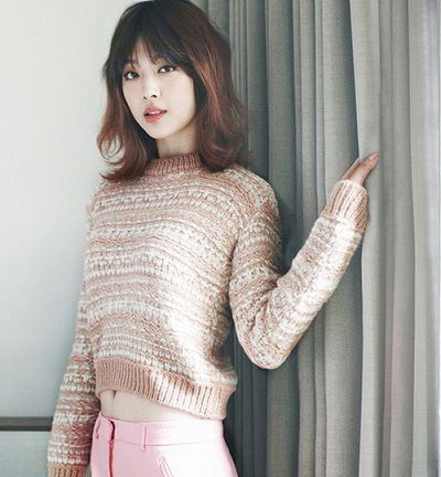 Fuente: http://stylekorea.tumblr.com/post/36277706276/high-cut-korea-model-f-x-s-sulli