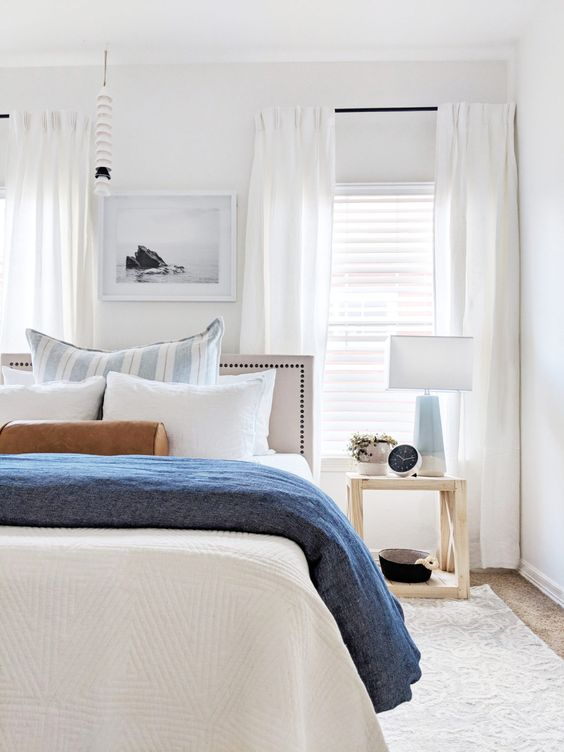 California casual guest bedroom reveal from The Identite Collective: a creative studio for interior designers specializing in branding, web design + content creation for lifestyle brands