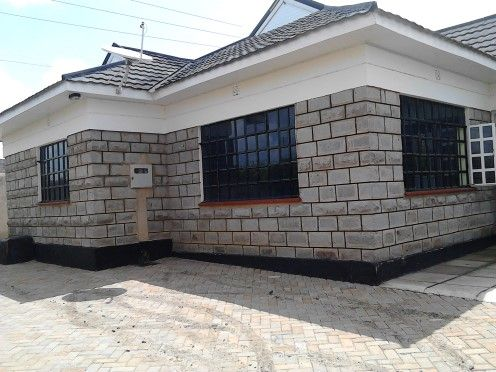 Get property advice services from Ark Consultants Limited in Kenya to purchase apartments, plots for sale, and land for sale. Contact us today!