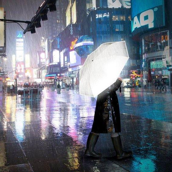 inspirationfeed:  Hi-Reflective Umbrella http://owl.li/rAtB0 http://ift.tt/1bEiyLC