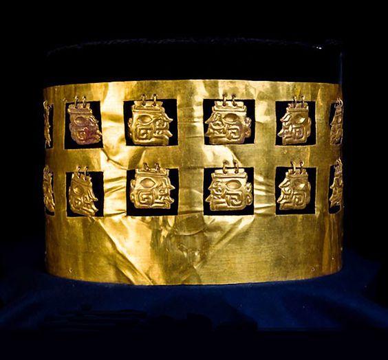 La corona de las doce cabezas, restaurada. Imagen: Museo Kuntur Wasi.