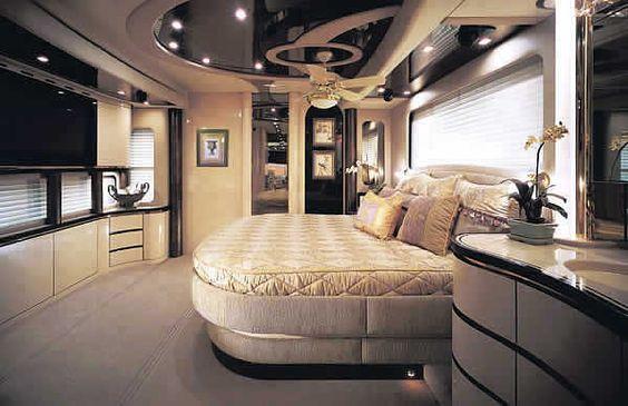 Luxury Items for the Rich   LUXURY MOTORHOME FOR RICH REDNECKS - MASTER BEDROOM - 65' FLATSCREEN ...