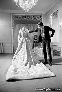 Farah diba persian motifs and persian on pinterest for Yves saint laurent wedding dress