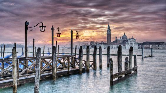 Nascer do sol em Veneza, Itália