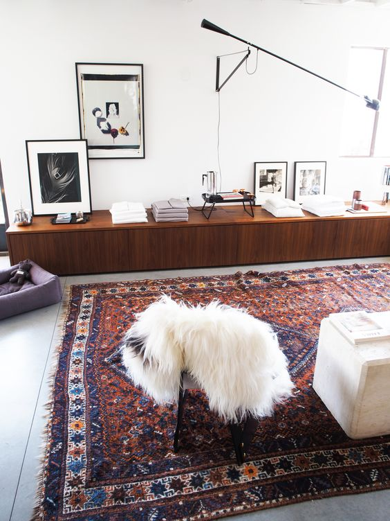 The Most Curated Space on Melrose You Canu0027t Miss Spaces - kunst fürs wohnzimmer