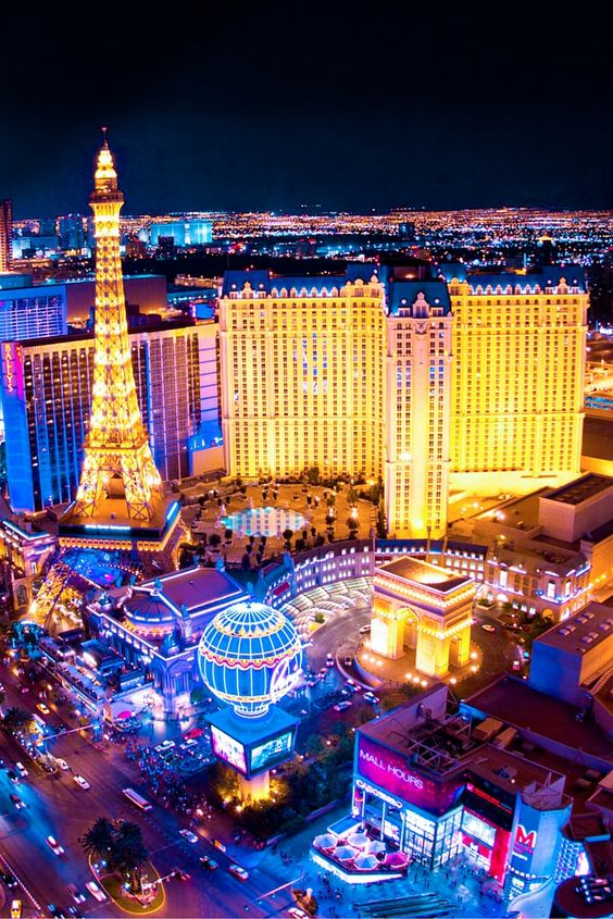 traffic in las vegas - rent a car in vegas