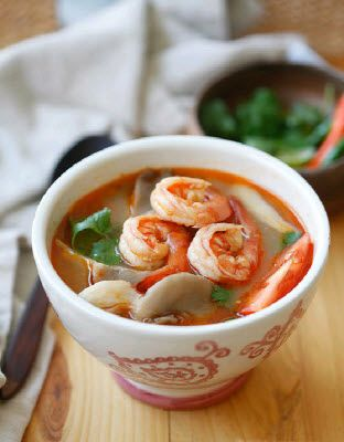 ... worldwide: TOM YUM GOONG (THAI HOT AND SOUR SHRIMP SOUP Bangkok-style