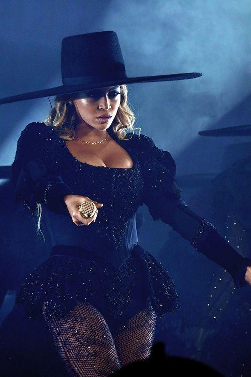 Beyoncé — celebritiesofcolor: Beyonce performs on stage...