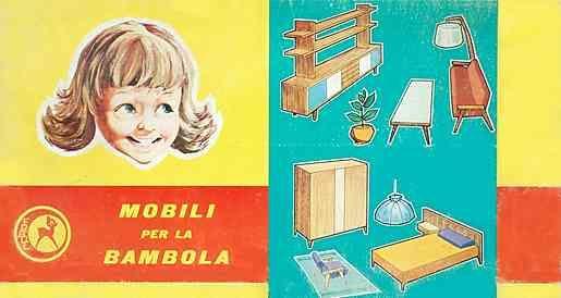 """""""Mobili per la Bambola"""" - Nonostante forma attraente e la lavorazione solidil produttore italiano Frade è molto raro da trovare - forse era a causa del formato insolito: L'altezza del mobile 23"""