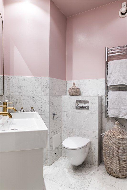 Pink Bathroom With Fake Carrara Marble Tiles For A Durable Finish Both Walls An Bathroom Carrara In 2020 Pink Bathroom Tiles Pink Bathroom Carrara Marble Bathroom
