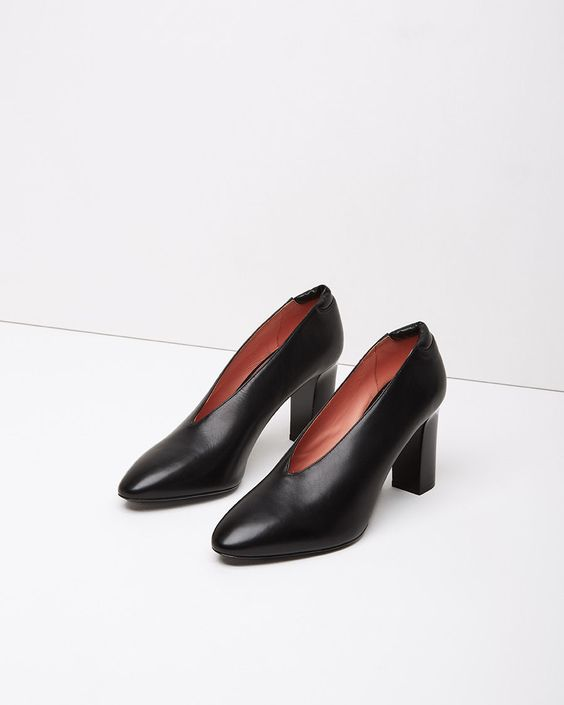 ACNE STUDIOS | Aja Pump | Shop at La Garçonne: