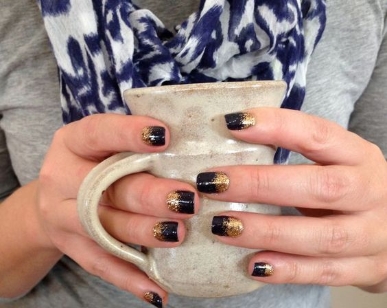 Your New Favorite Nail Idea: Use Craft Glitter for This Extra-Sparkly Ombre Effect