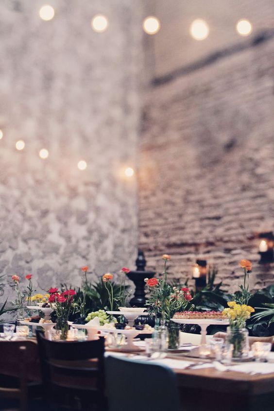 arrumando a mesa jardim oceanico:mesa jantares de verão festas no jardim luzes flor tijolos mesa de