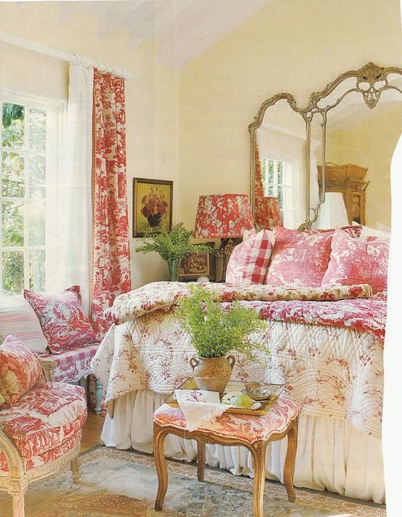 Romantic Cottage Bedroom Decorating Ideas: Toile, Cottages And Hydrangeas On Pinterest