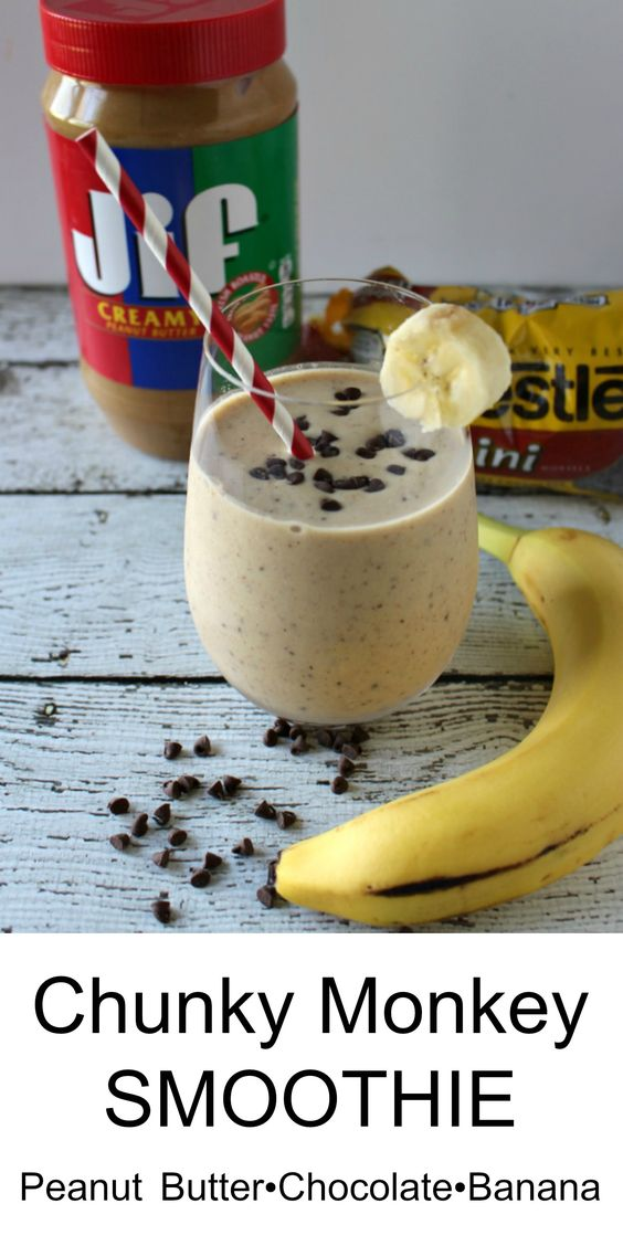 Chunky Monkey Smoothie - A delicious and healthy treat! Made with Organic Peanut Butter Powder   90% less fat than peanut butter AND only 40 calories a serving!! #diet #weightwatchers #healthyrecipe
