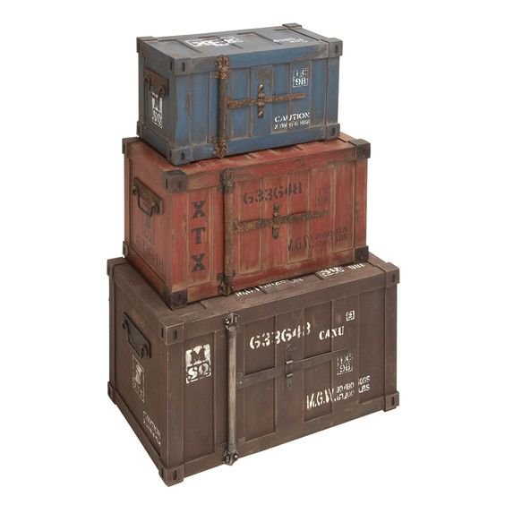 Set of 3 Wood Trunks made by Countryside Finds. >> These are fun!