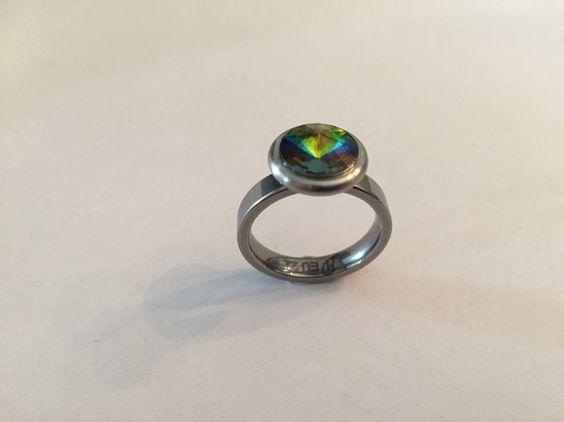 """Edelstahl Wechselring mit Fassung und Swarovski-Kristall """" vitrail Medium """" crystal-style.de"""