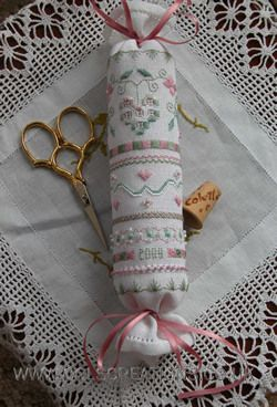 Cols Creations - Traditional Hardanger Designs - A Delightful Collection Of Beautiful Needle Rolls And Biscornus