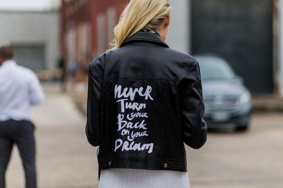 La giacca di pelle motivatrice -cosmopolitan.it
