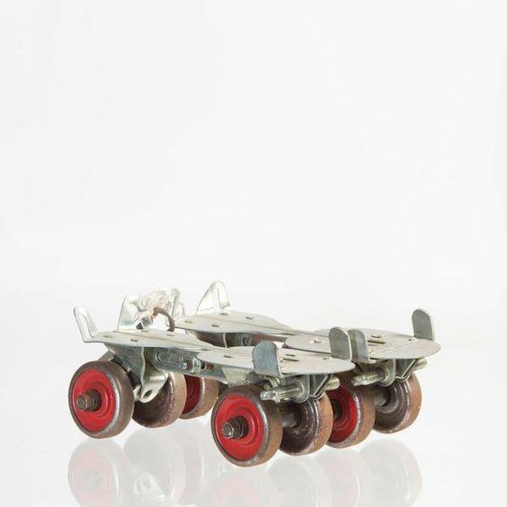 Vintage Roller Skates vargastore.com