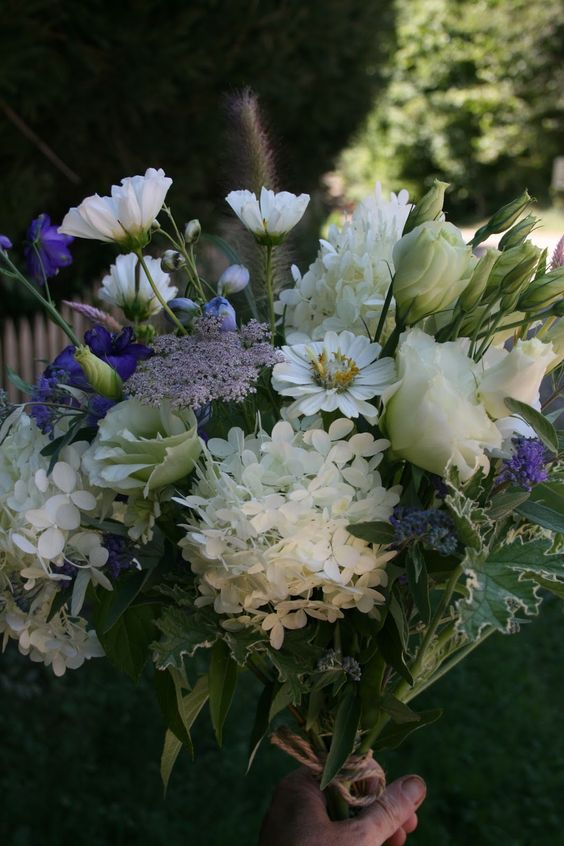 august hand-tied bouquet