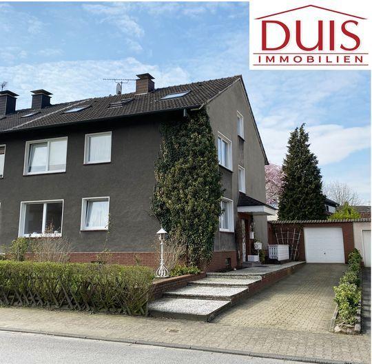 2 3 Familienhaus Mit Kaufgrundstuck In Schoner Lage In 2020 Familienhaus Familien Haus Und Haus