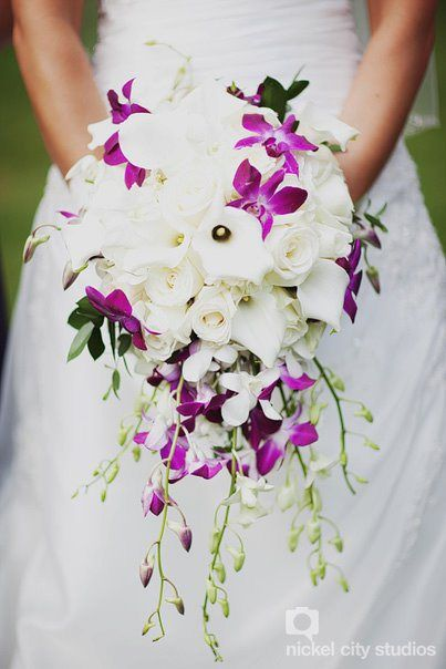Cascading bouquets, Calla lilies and Purple orchids on ...