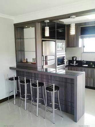 Pin De Diana Alvarez Gamarra En Casas Cocinas Pequenas Con Barra Cocinas De Casa Cocinas De Casas Pequenas
