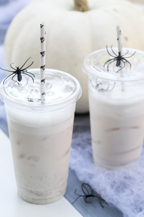 How to make homemade almond milk horchata!