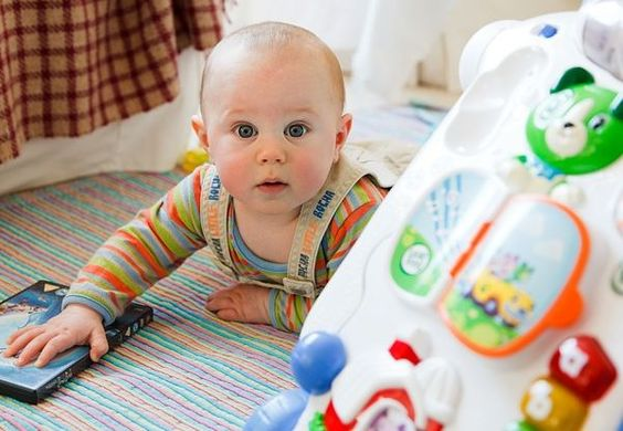 Cute #baby photo that will make you smile.. http://kidsmakingchange.com