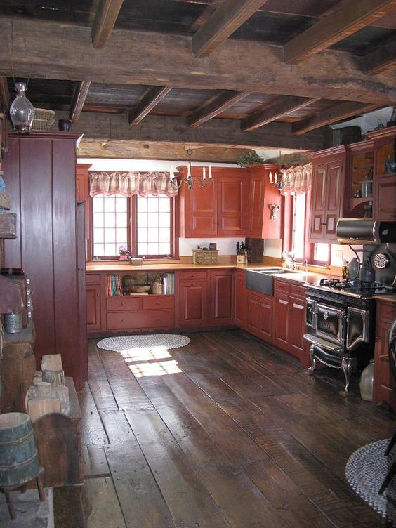 Love this open primitive kitchen! Old Houses                                                                                                                                                      More