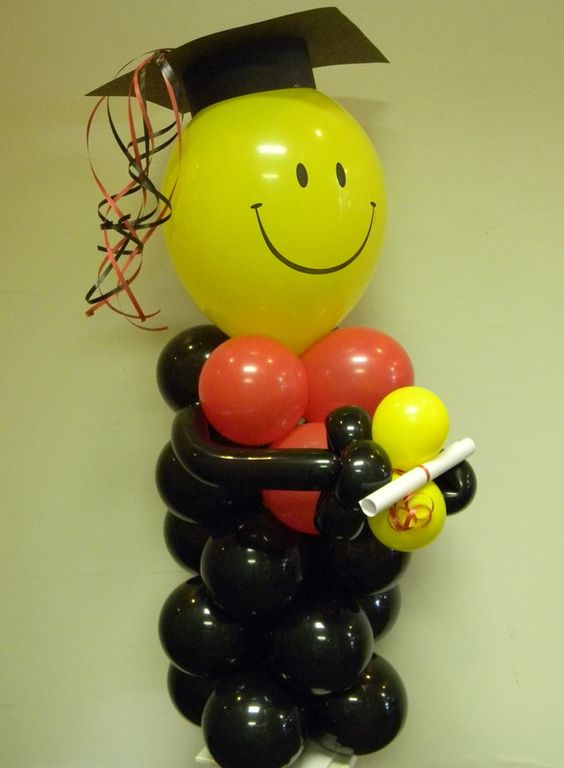 Graduation balloon centrepieces pinterest graduation for Balloon decoration ideas for graduation