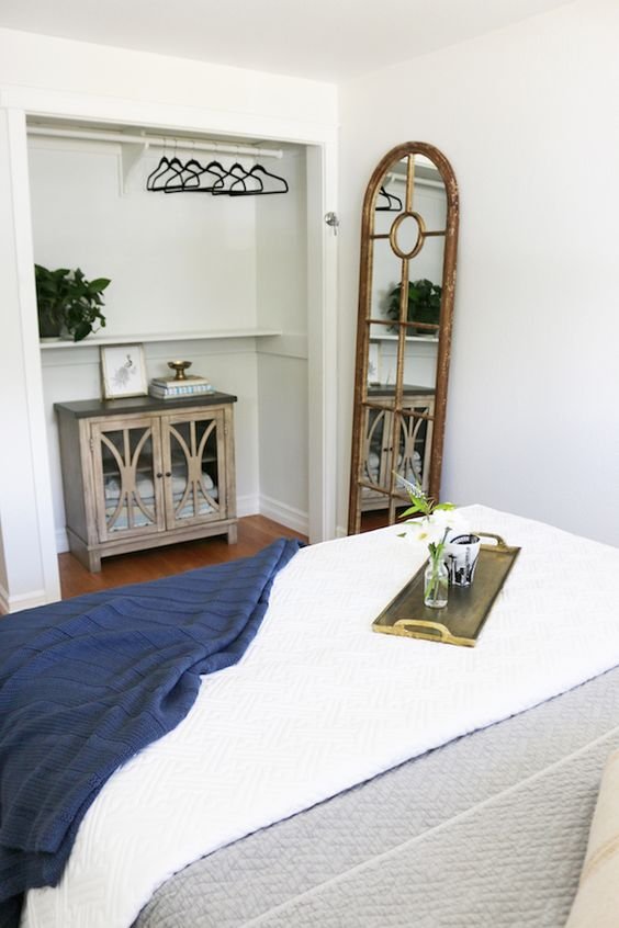 Small Guest Room Makeover - The Inspired Room