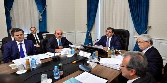 Çevre ve Şehircilik Bakanı İdris Güllüce, Çevre ve Şehircilik Bakanlığı'nda düzenlenen İklim Değişik...