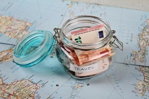 Clique na foto e veja dicas para juntar dinheiro para viajar!: