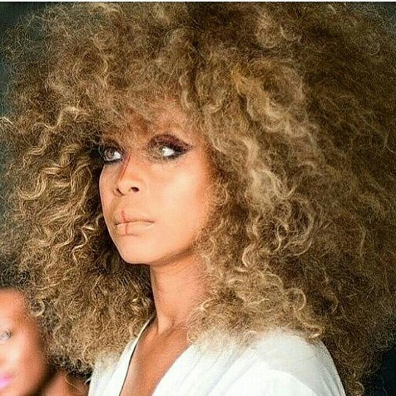 Beautiful!!! Erykah Badu has had some very different hairstyles ...