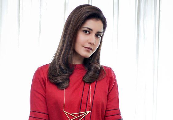 Actress Raashi Khanna Latest photoshoot