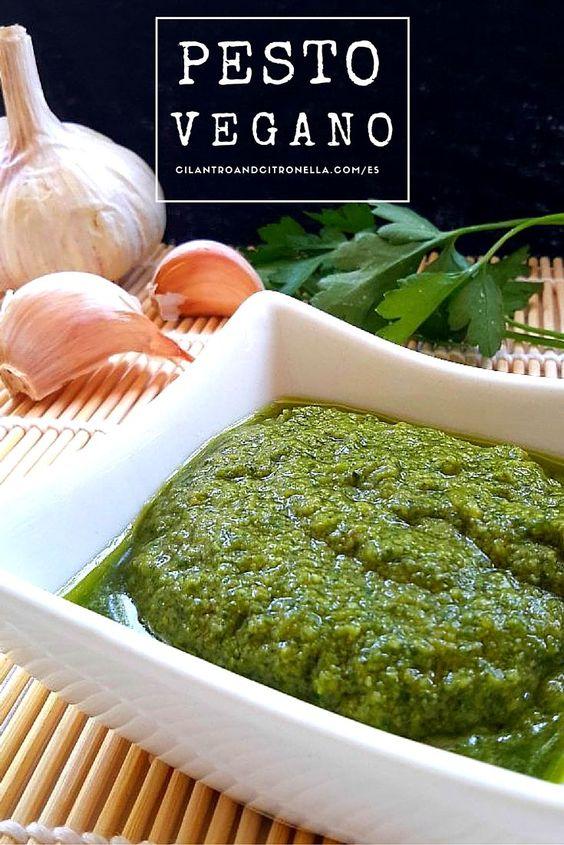 Un pesto vegano sencilla y facil a preparar usando miso en lugar del parmesano. Usar albahaca sola o una mezcla de albahaca, perejil y menta.
