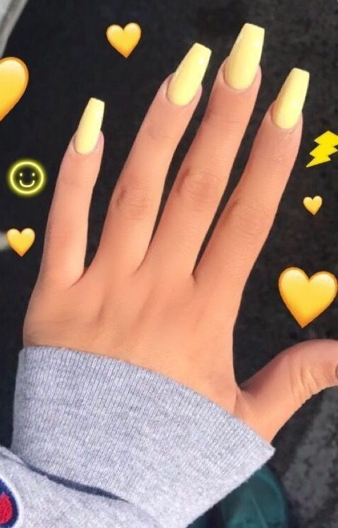 Yellow When My Skin Finally Gets A Tan Acrylic Nails Yellow Yellow Nails Short Acrylic Nails