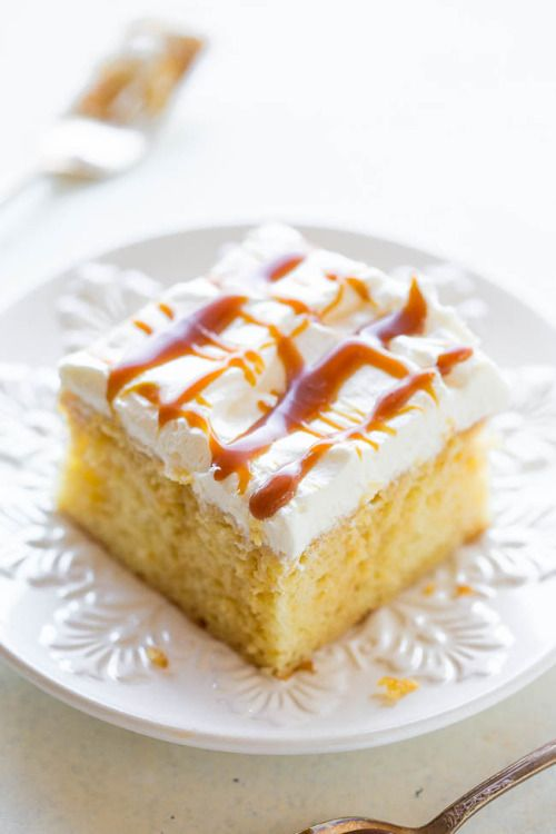 CARAMEL CREAM POKE CAKEReally nice recipes. Every hour.Show me  Mein Blog: Alles rund um die Themen Genuss & Geschmack  Kochen Backen Braten Vorspeisen Hauptgerichte und Desserts # Hashtag