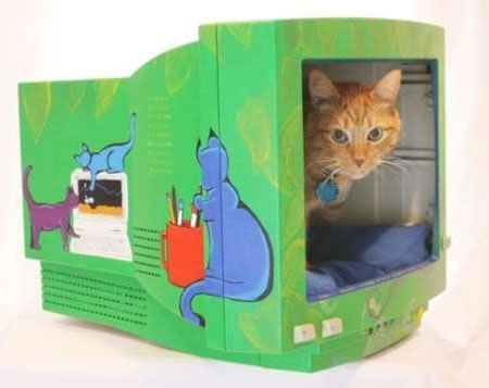 DIY Cat bed from old PC Monitor | via Keetsa